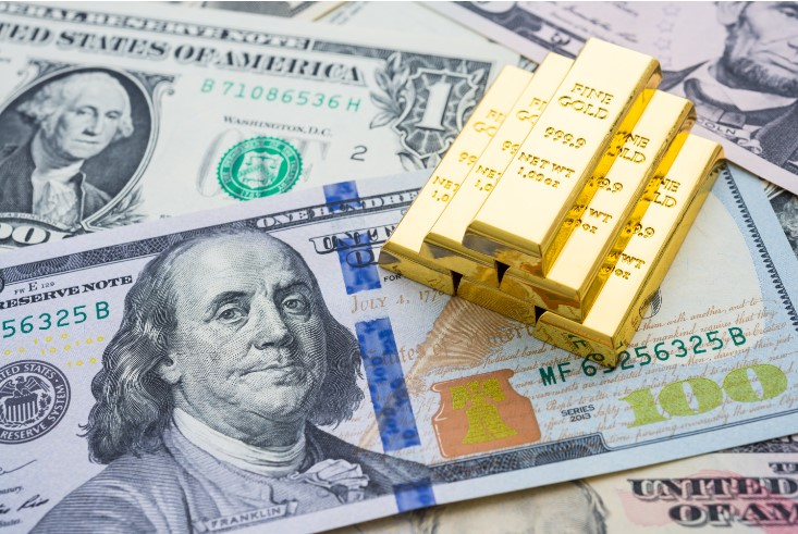 Market wrap:  - #USD softer today, snapping two-day winning streak on the #DXY.   - #Euro higher against the #USD, thanks to weak buck.   - #USDJPY remains south of 104.   - #XAUUSD marginally lower, despite  holding above 200-day SMA.