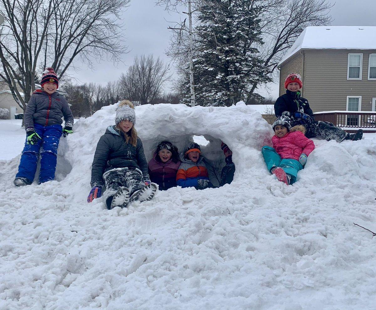Ultimate neighborhood snow fort!  Teamwork makes the dream work. #happykids #stem220 #snowday