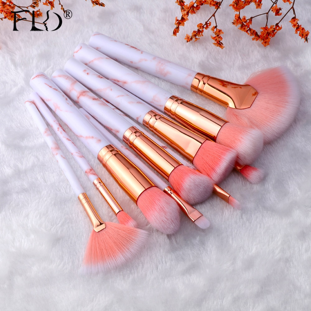 Best Makeup Brush Set Multi function Makeup Brush Concealer Eyeshadow Foundation 2021 Makeup Brush Set Total 5/ 10 unique brushes to help create an array of different looks. #brush #makeup #beauty #glamour
