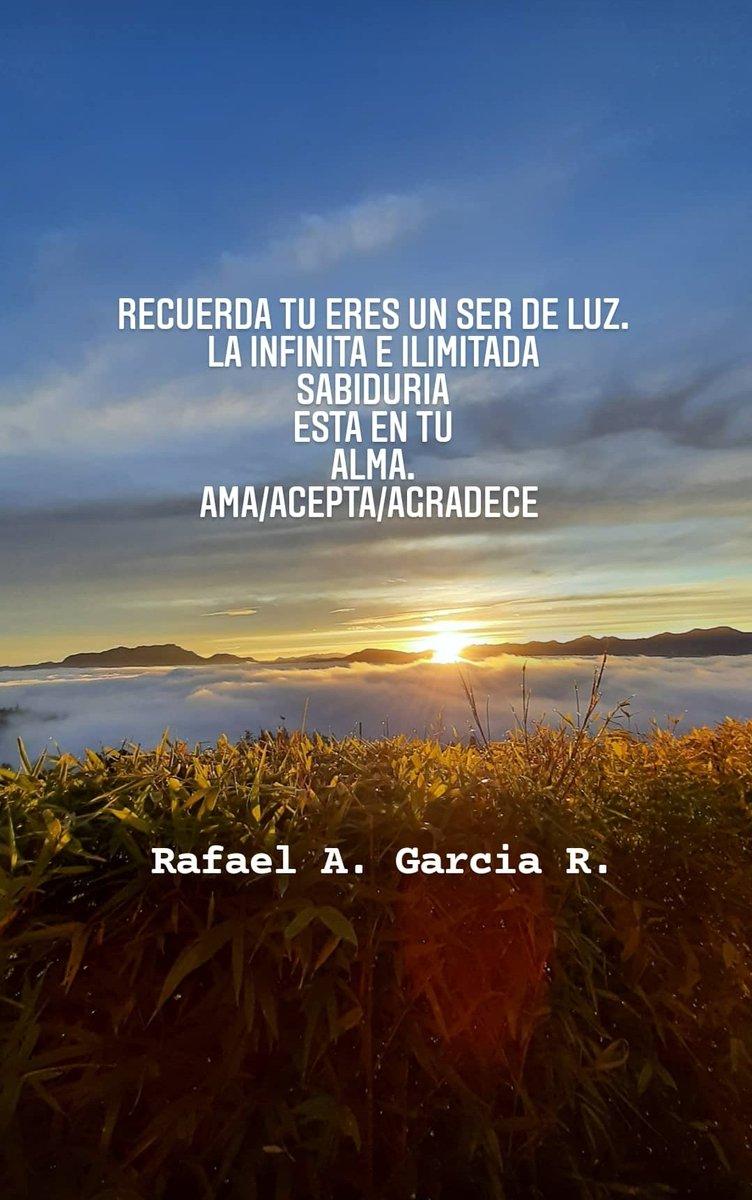 #amor#pasion#atraccion#dar #intension #abundancia#logros#divinidad #esenciadivina#Dios#alegria#felicidad #feliz#happiness#enjoy#like #Dios#love#vida#vivir#agradecer #dargracias#paz #agradecimiento#meditacion#medita #peace
