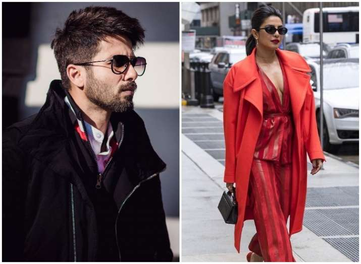 👉OUTFIT BOTH MEN AND WOMEN WINTER FASHION😍😍 #fashion #fashionstyle #brand #Trending #USA  #outfits #winter #both #Men #women #cold   #SmartGigaMania #street #CarabaoCup #jacket   #topface2021 #beautiful #walking 😍😍