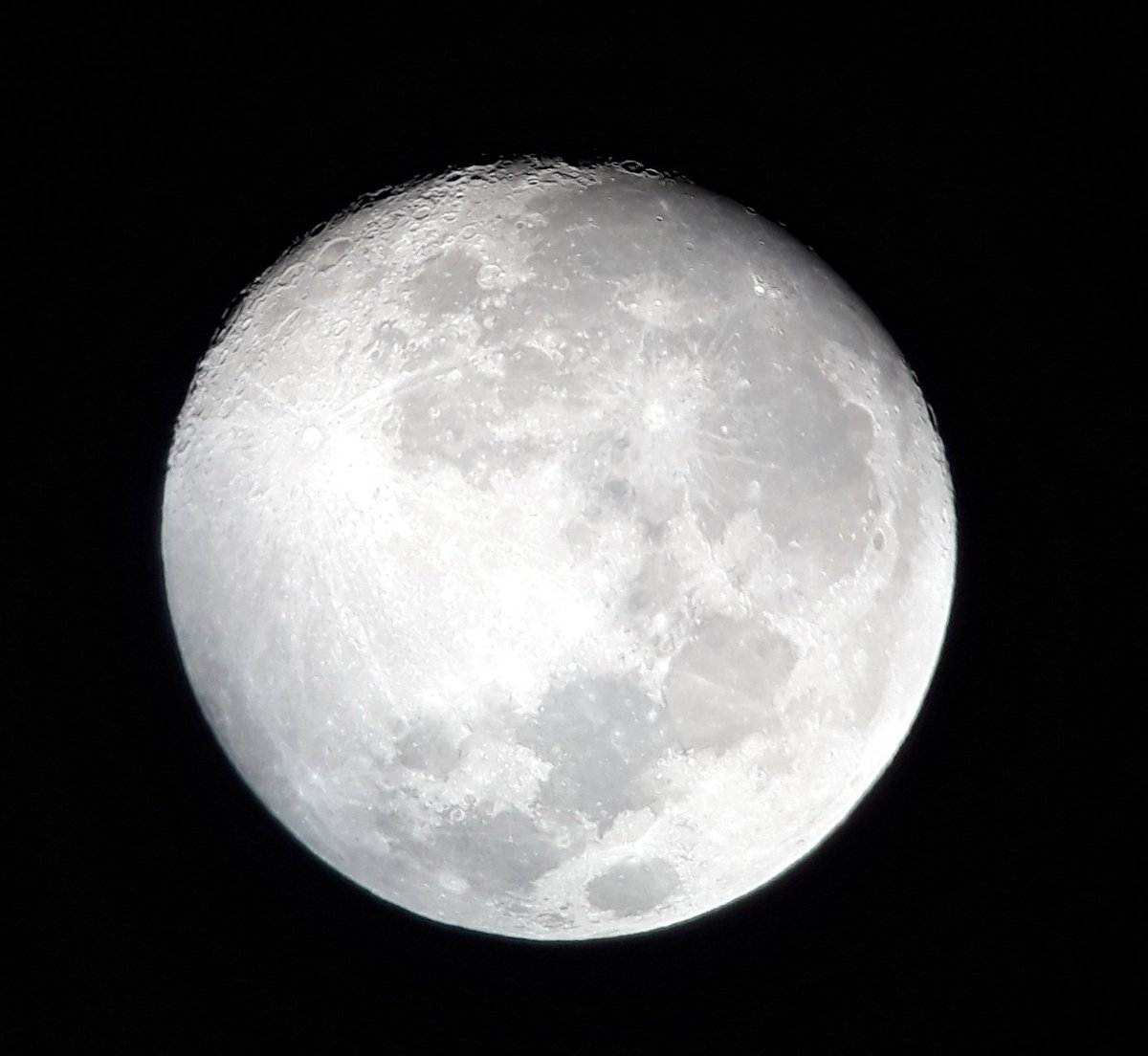 """#moon Did a session with my friends. Telescope : GSO 6""""DOBSONIAN REFLECTOR TELESCOPE  #astronomy #sky   #Astrophotography #Jaipur #Rajasthan"""
