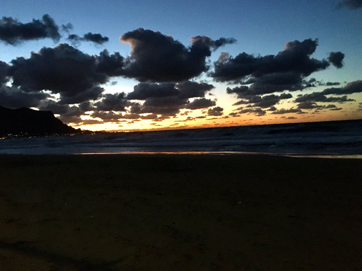 #truelove #sunsets #clouds #sky #Silence #26gennaio #thinking #TR  #BePositive #buonaserata #Sicily #nofilterneeded