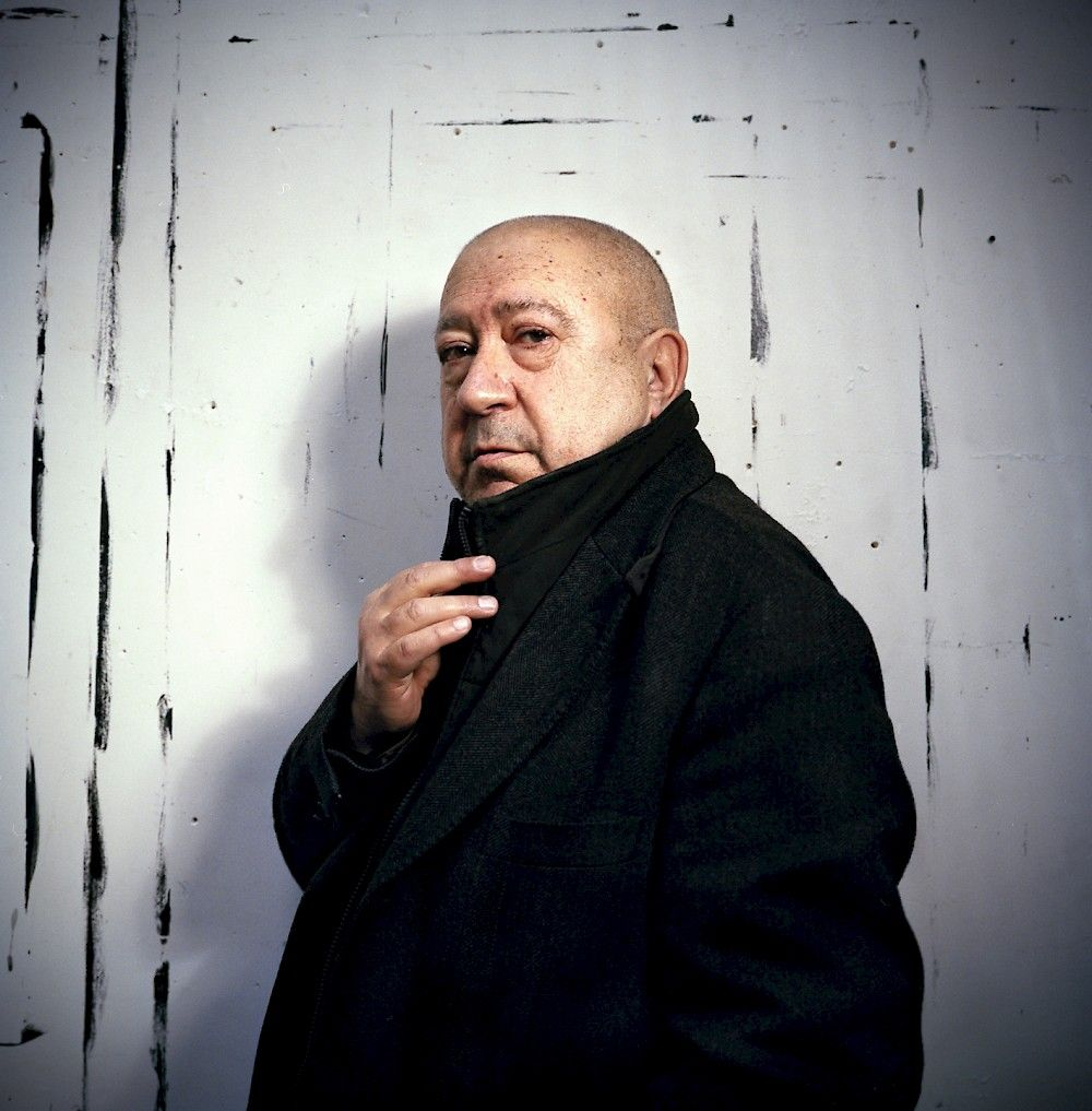 """Listen to #ChristianBoltanski talk about his process in today's episode of L'Heure Bleue, where he will be interviewed by @LaureAdler in the context of his current exhibition, """"Aprés,"""" at Galerie Marian Goodman.  Live at 2 pm EST / 8 pm CET: https://t.co/RwgIlpUudd  #MGGParis https://t.co/XtL3jrXpLc"""