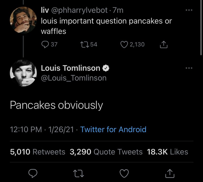 📲  Louis in reply to fans!