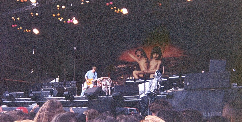 """#HappyBirthdayEddieVanHalen @VanHalen #guitarist #GuitarGreat #VanHalen #EddieVanHalen  (I took this picture in #Lisbon 1995 on the """"Balance Tour"""")"""