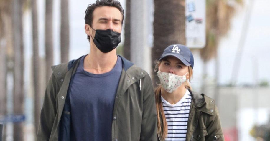 Pics! Former #TheBachelorette star Hannah Brown spotted with new man Adam Woolard:
