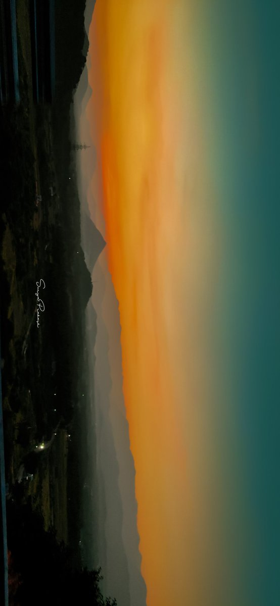 Golden hours ✨ #NaturePhotography #Coimbatore @realmemobiles #India #TamilNadu #Blissful #sunset #mountains #GreenIndiaChallenge #Golden