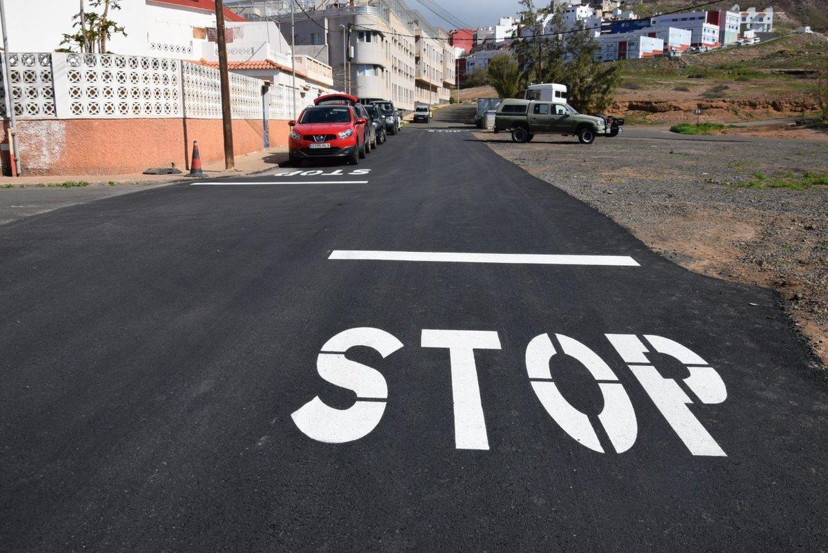 #Gáldar mejora el reasfaltado de calles en la urbanización de la ermita de Sardina @TeodoroGaldar  Ver más... ➡️