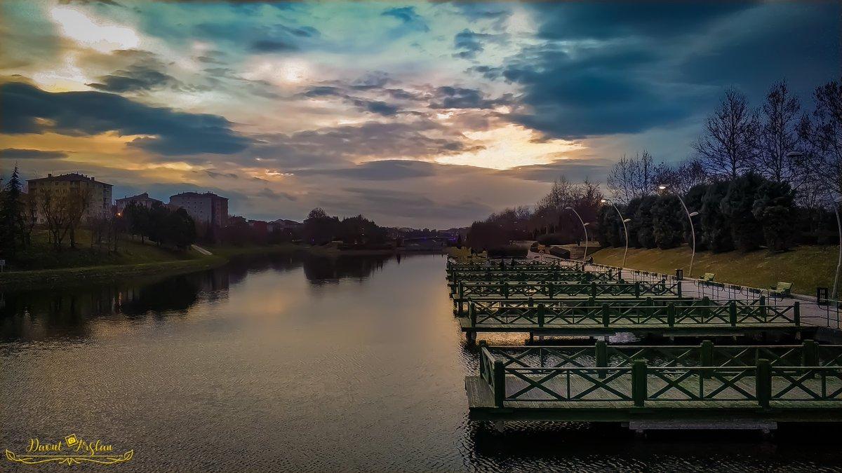 #eskişehir #photography #photooftheday #travel #nature #photographer #travelphotography #picoftheday #love #turkey #beautiful #naturephotography #follow #like #life #travelgram #likeforlikes #nature #sky #night #tree #photooftheday #green #skylovers