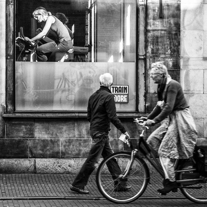 © Nico Ouburg #blackandwhitephotography #blackandwhitephoto #blackandwhite #photography #photooftheday #streetphotography #fotografia #fotos #fotografos