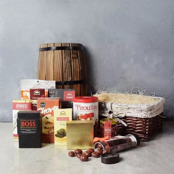 #Valentine's Day is not only about showing that special someone how much you love them and appreciate them. That is why our Valentine's Day #GiftBaskets make for the perfect gifts for loved ones.  Shop now! 🎁    #BasketsCo #Gifts #TuesdayVibe #USA #Canada