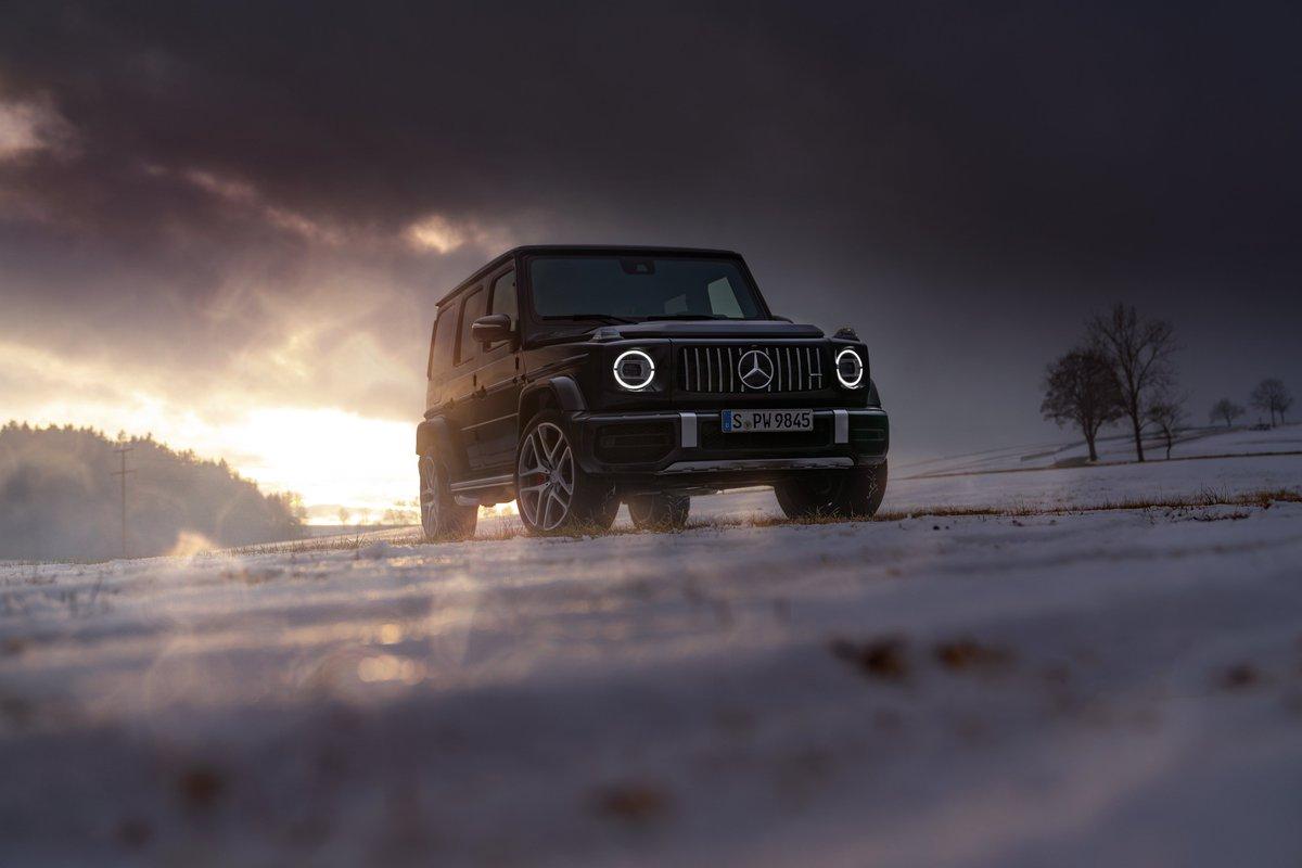 Zirvelerin efendisi; Mercedes-AMG G63 ⭐😎  #mercedesamg #gserisi #G63 #g63amg #mercedes #amg #mercedesbenztürkiye #drivingperformance #strongerthantime #cars #suv #4x4 #offroad #onroad #snow #luxurycars #luxurylifestyle #lüksaraç #istanbul #salı #star #sunset #luxury