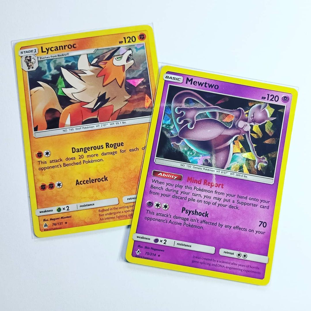 What's your opinion on shattered glass/ice holo pattern? 🤔 Personally, I think it looks pretty cool 😊 Got only 2 cards with it but definitely like them 😊  #Mewtwo #Lycanroc #Pokemon #Pokemon25 #PokemonTCG #ThePokemonCompany #GameFreak
