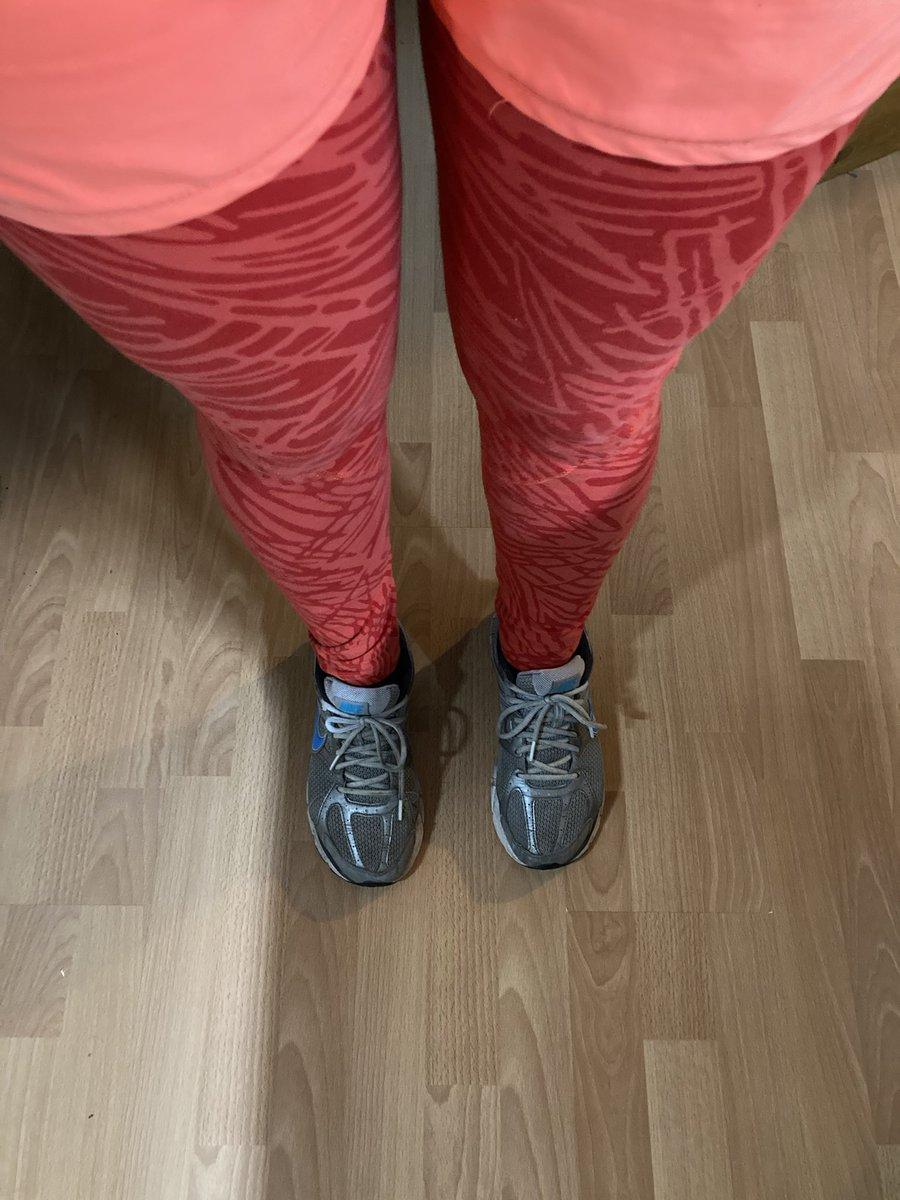 @stevesport @RunningMrJones Ok, I think you win the crazy legs competition! #ukrunchat #tuesdayvibe #winter #fitness #mentalhealth #running #thisgirlcan
