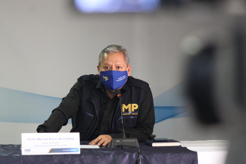 """test Twitter Media - La primera estructura criminal fue detectada en 2018 y era denominada """"LosTumbadores"""", la cual estaba conformada por exagentes de la PNC, esta fue desarticulada, desde ese momento, al menos 5 han sido detectadas, indicó Víctor Boror fiscal del MP.📸: José Orozco/LH https://t.co/Nm58yNnyzH"""