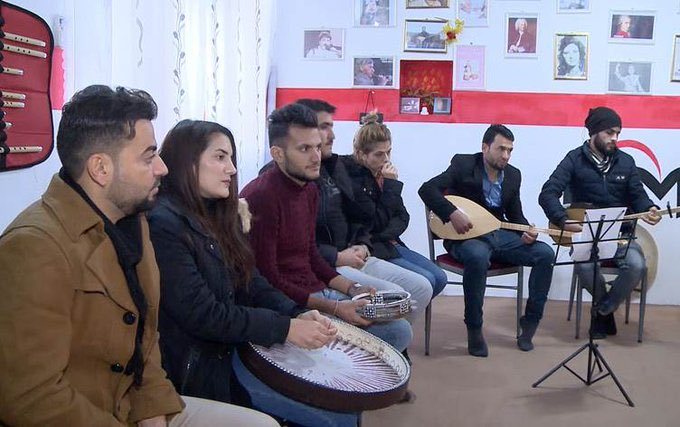 Yazidis find solace in music in Shingal's Khanasor ▪️We want everyone to join these music lessons. We want more women who have been rescued from Daesh to join us in order to forget [the trauma they endured under ISIS] rudaw.net/english/cultur…