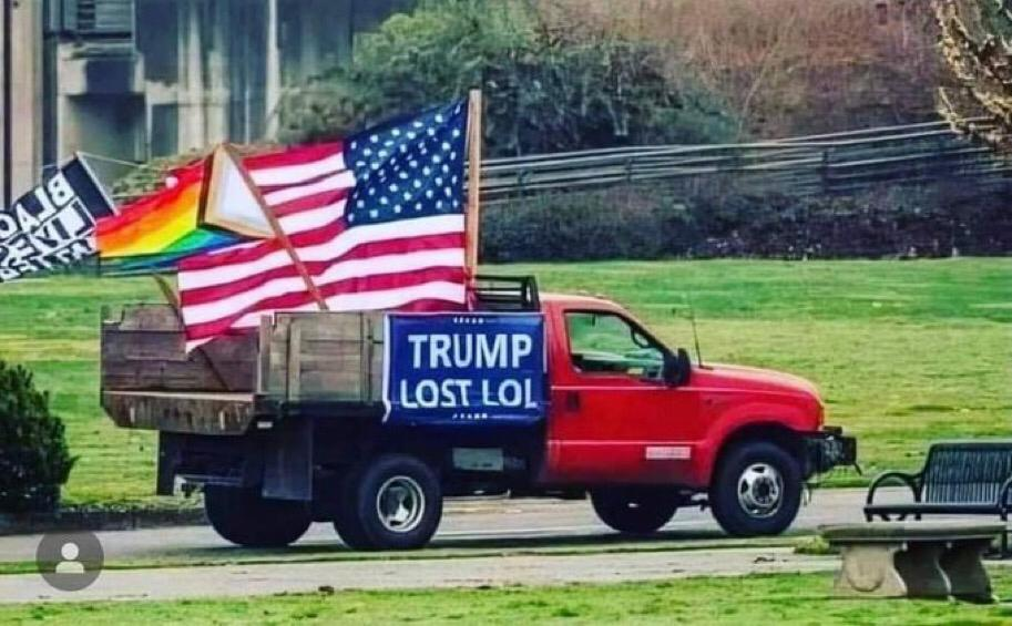 @Bill_Maxwell_ #TrumpBanned  #TrumpFailedAmerica  Trump trying to be relevant again.