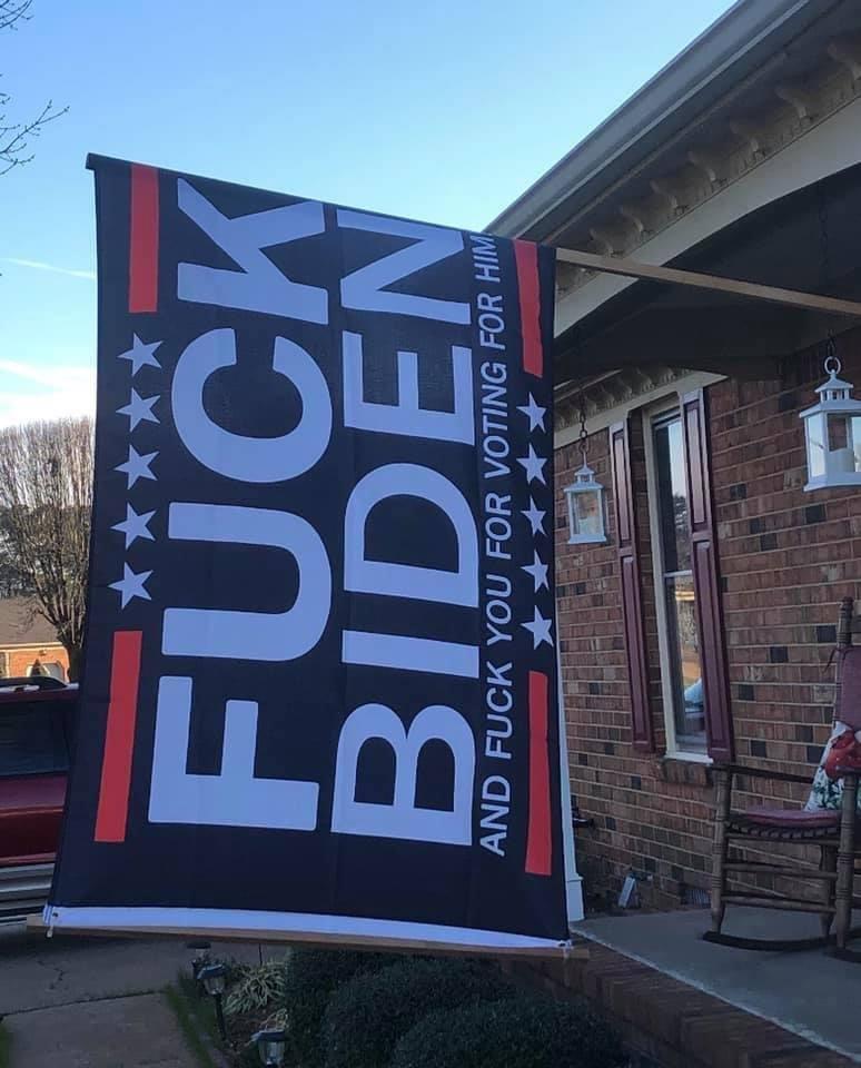 Best flag ever! 🤣🤣 #MAGA #FuckBiden #Stolenelection #TrumpsNewArmy #Trump #BidenNotGoodForAmerica #NotMyPresident #KeepAmericaGreat 🇺🇸