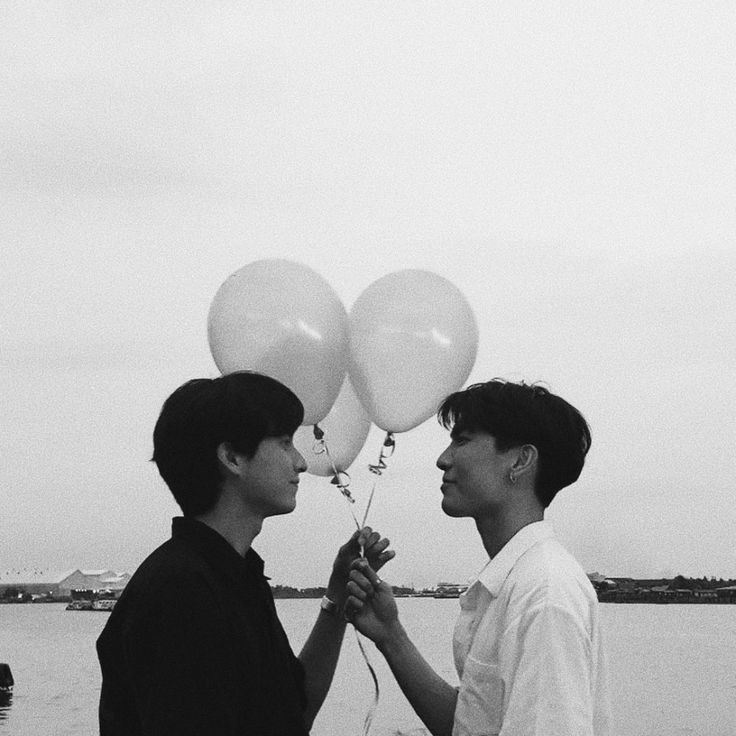 happy 2nd anniversary, love birds. i'm so glad i met both of you, thank you for being here and always being yourselves. i'm hoping all the happiness for both of you no matter what path you both walk on. i love you so much, love birds☀🌻💛 #MewGulf2Years2gether #2YearswithMewGulf