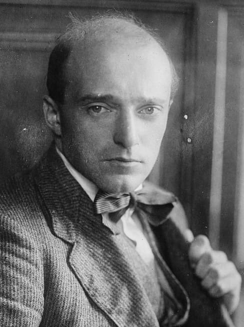 «I hear that access to the Scala is denied to Jews. Music should be for all. When this consolation is denied to human beings for reasons of race and religion, then I both as Christian and artist, feel that I can no longer co-operate» —Erich Kleiber, 1938 #remembranceday