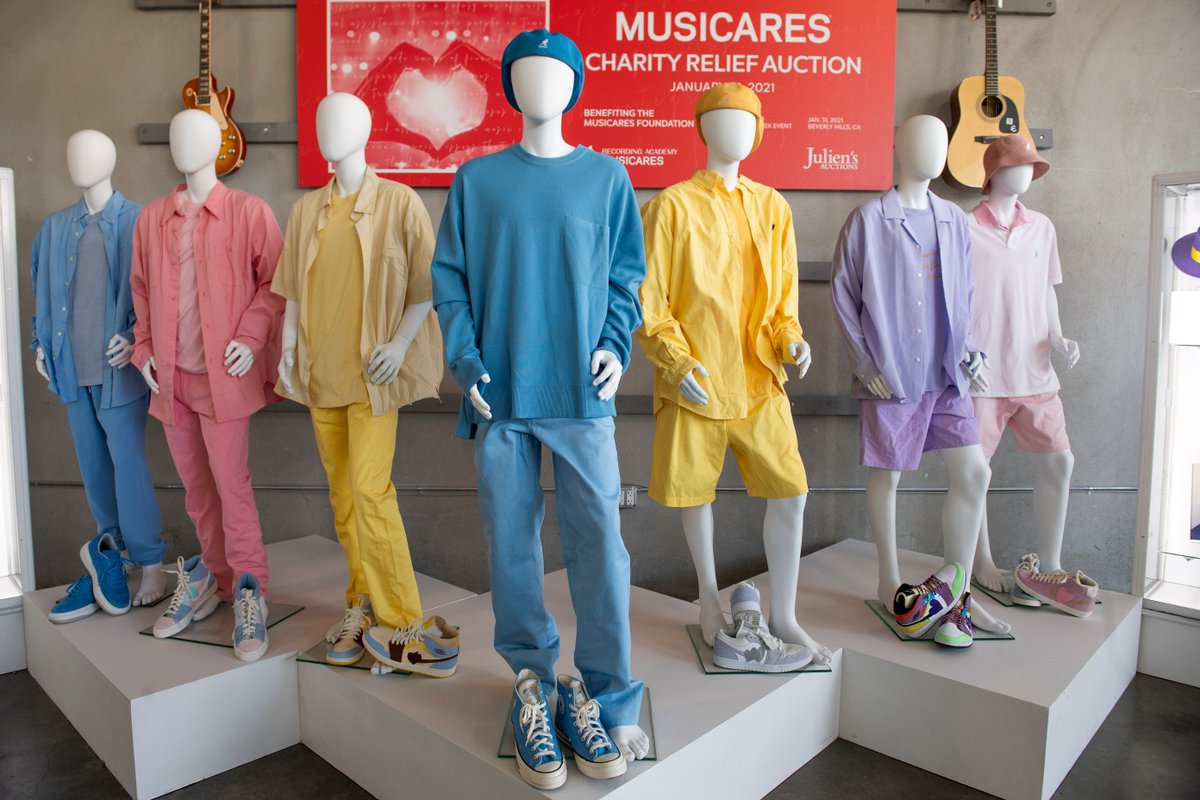 That palette though😍✨ The outfits #BTS wore for their #Dynamite music video will go up for auction this Sunday at @JuliensAuctions! The estimate to win them is $20,000-$40,000 and all proceeds will benefit @MusiCares. #BTSarmy (📸 Valerie Macon/AFP/Getty Images)