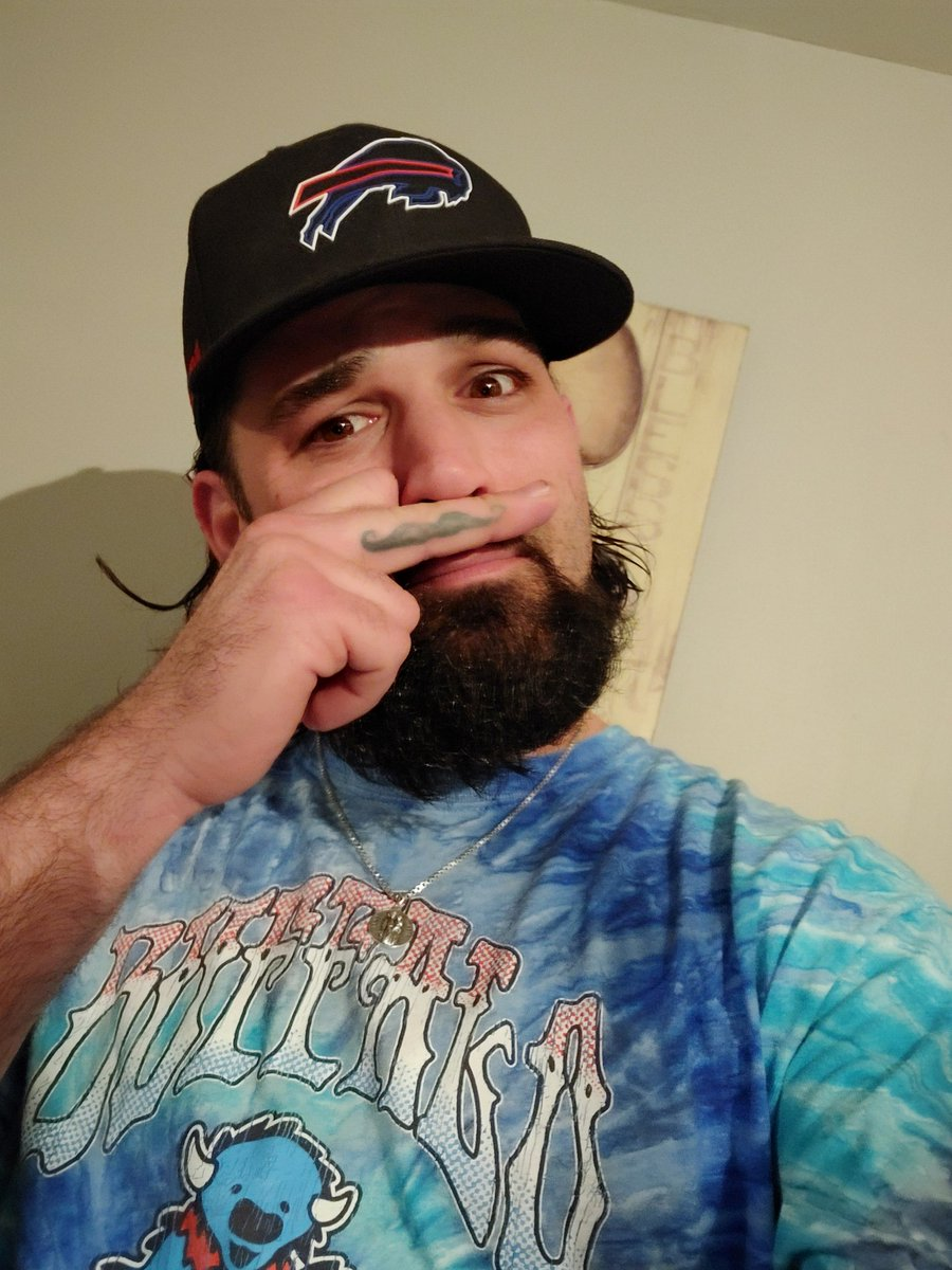 Y'all Thought I Forgot About @26shirts #26Tuesday didnt You hahaha Working my Butt off on my Wifes Mobile Salon God Bless and Go Bills #PanchosArmy #BillsMafia #BillsMaFamilia