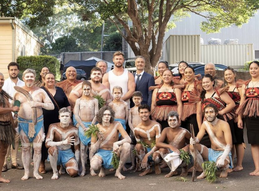 Started Love & Thunder with Welcome to Country ceremony from Gamay dancers of Gadigal & Bidiagal Nation and karakia from Te Aranganui. I encourage all film makers to engage with 1st nations peoples whenever shooting your films. It's worth it and it's the right thing to do.🖤💛❤️