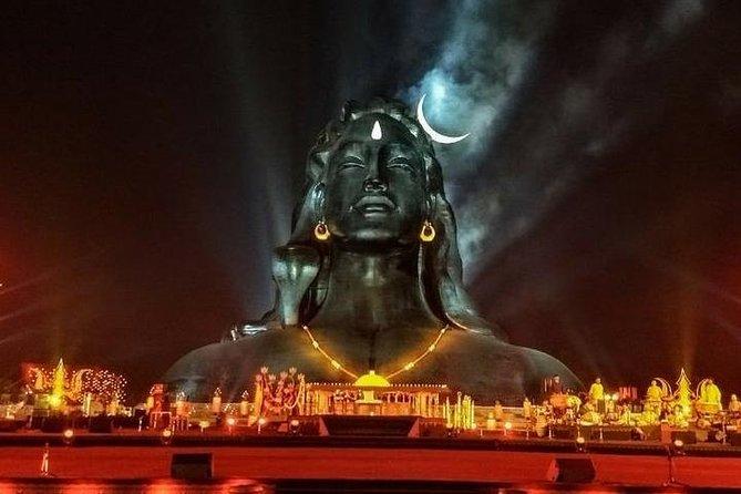 Karpuura-Gauram Karunna-Avataaram Samsaara-Saaram Bhujage[a-I]ndra-Haaram | Sadaa-Vasantam Hrdaya-Aravinde Bhavam Bhavaanii-Sahitam Namaami