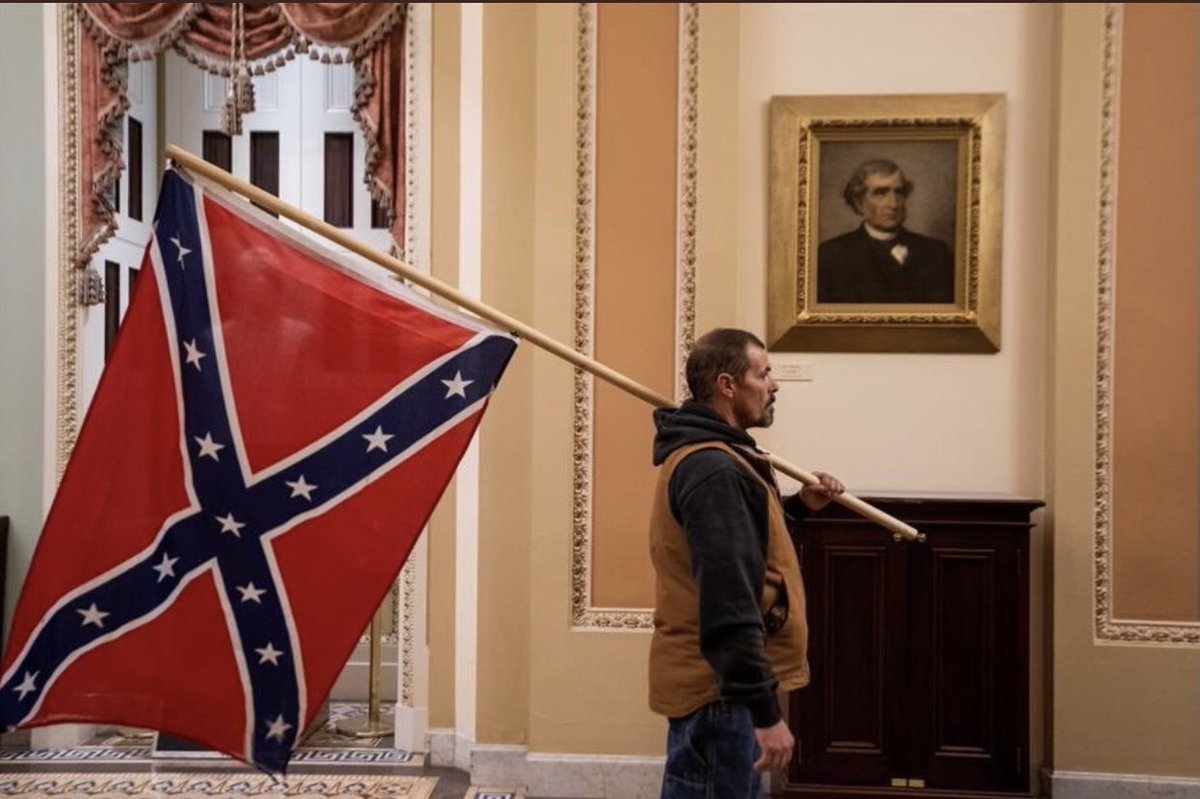 @RudyGiuliani Lincoln party was about inclusion. YOU allowed your fascist white supremacist kill a Capitol 👮♀️ , YOU allowed them to replace AMERICAN flag with Trump Flag. YOU allowed them to wave a CONFEDERATE FLAG at the Capitol when 360,222 Union soldier died for that to never happen. https://t.co/pKJRJ9em76