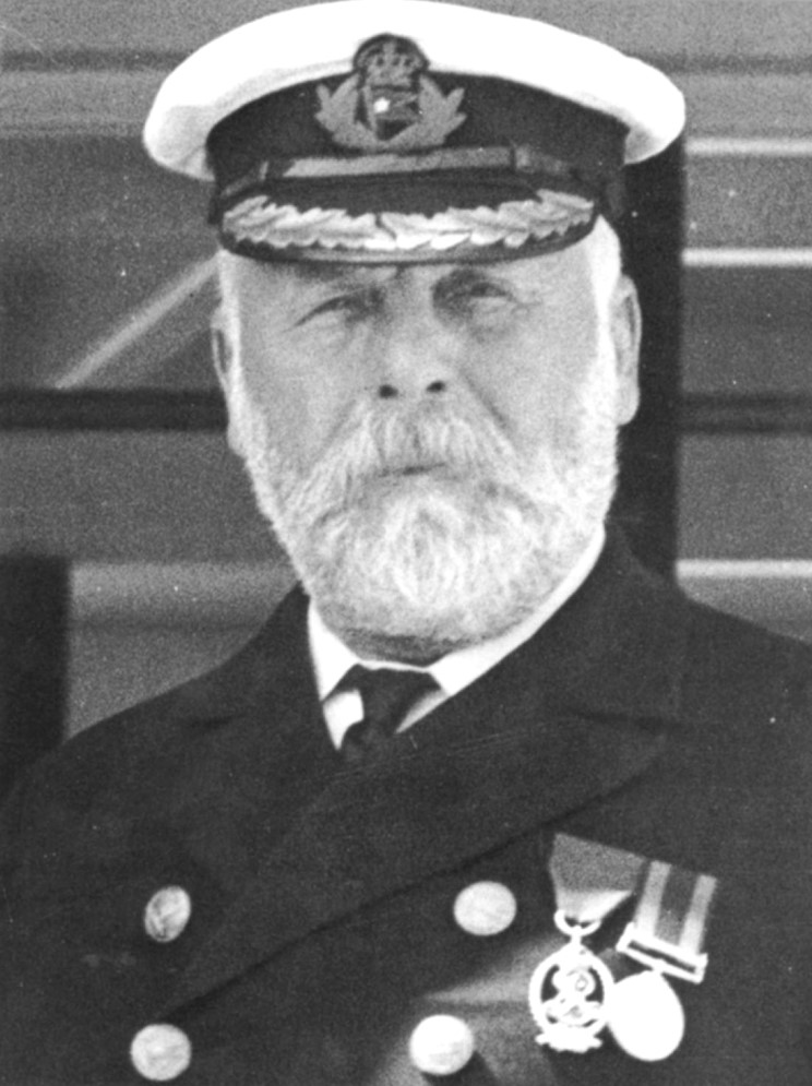 """""""Well boys, do your best for the women and children, and look out for yourselves.""""🌊 Eventual Captain of RMS #Titanic #EdwardSmith was born #onthisday 27 January 1850. He went down with his ship. #History"""
