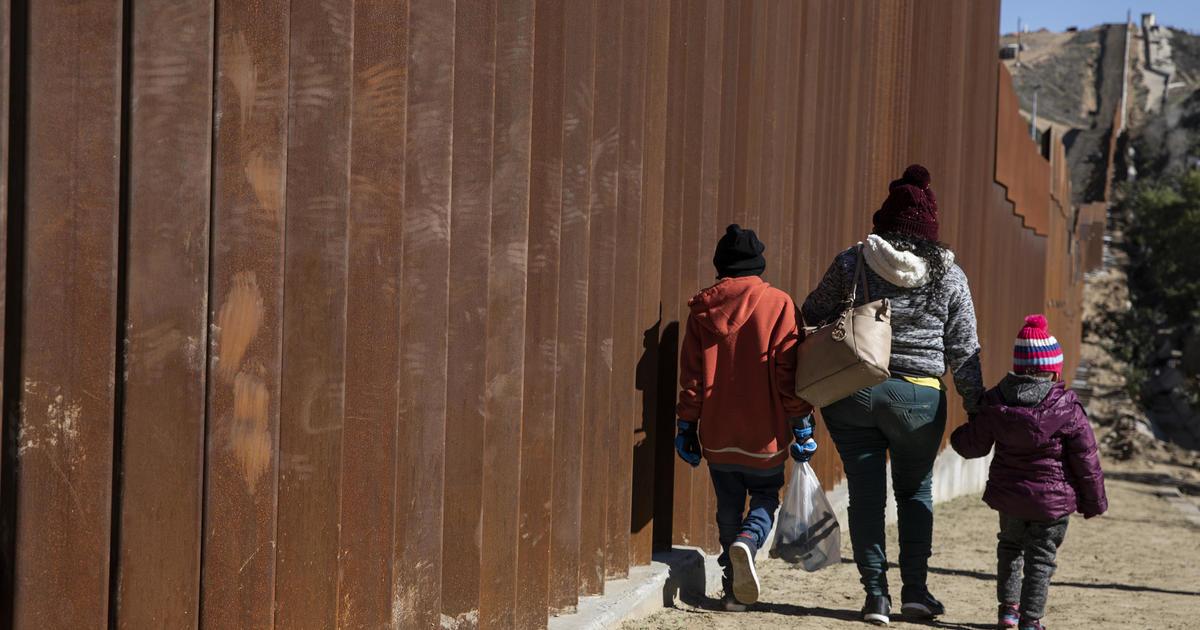 ☆ DOJ rescinds memo used to justify separations of migrant families #BreakingNews #cbsnews ✈✈✈