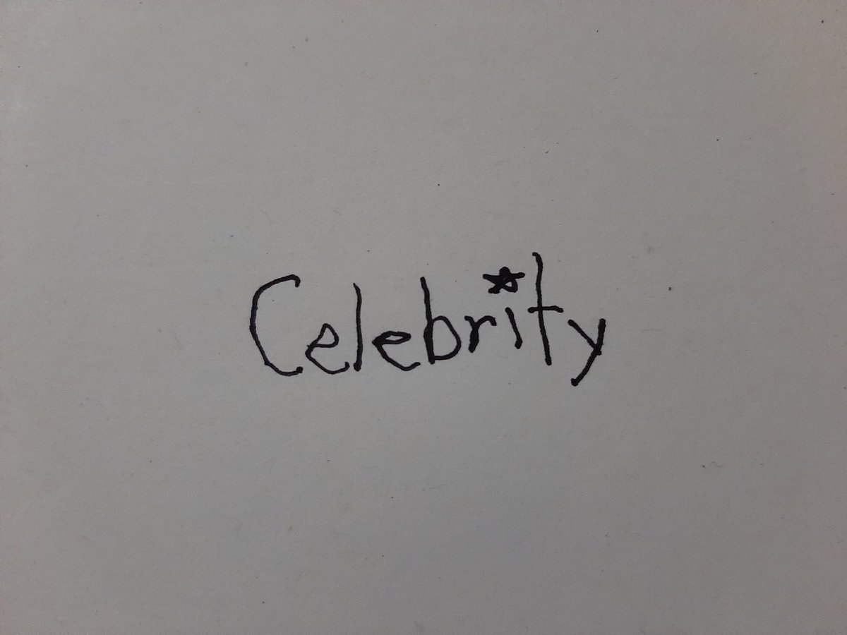 i tried with my left hand 😂  #아이유_Celebrity_6시발매