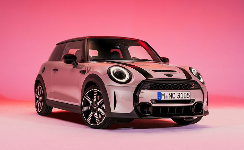 the @MINI's reduced redesign accentuates the car's expressive features and increased customization options