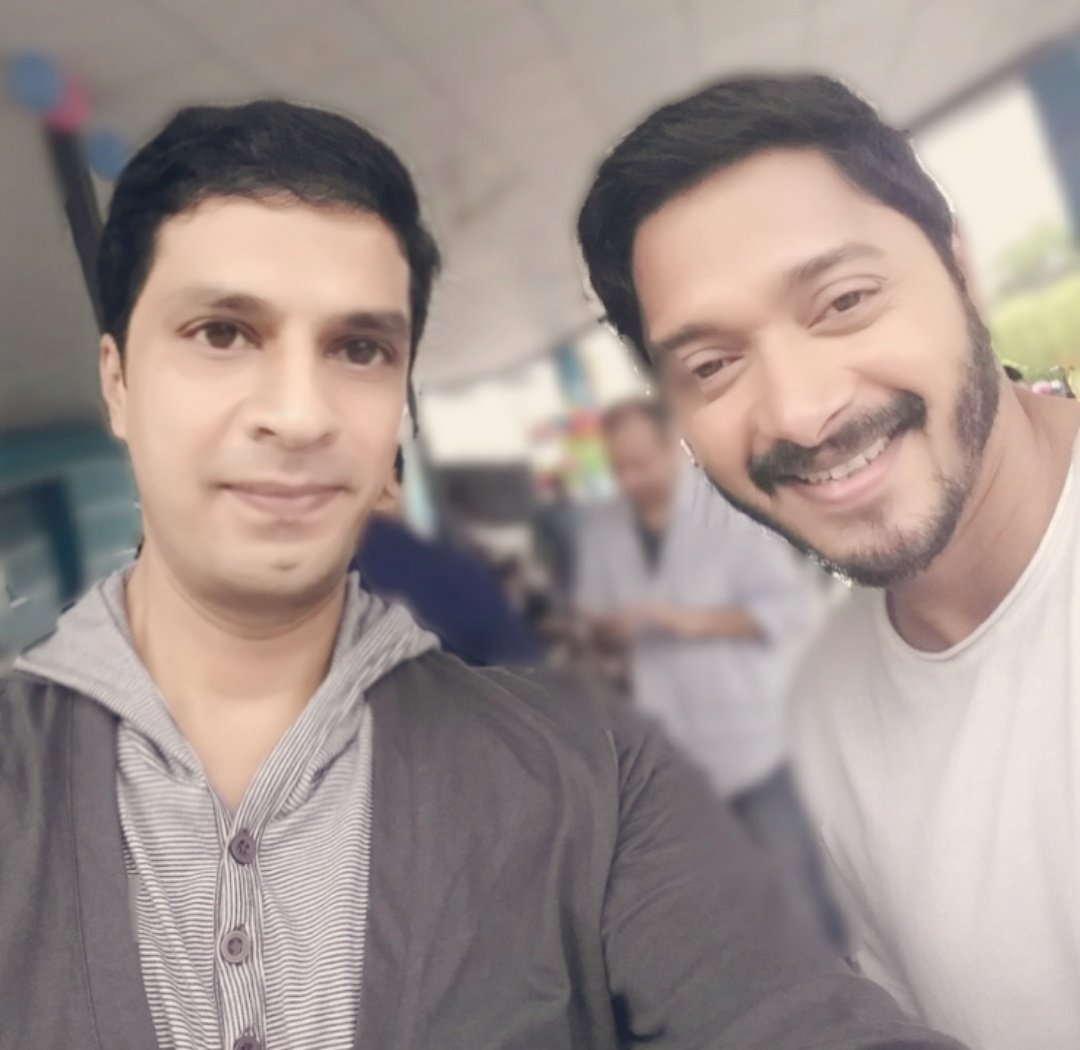 Birthdayyyyyy 🎂 wishes to one of the finest human being - #ShreyasTalpade   May you keep rising & shining high with more great ventures  RJ #DivyaSolgama
