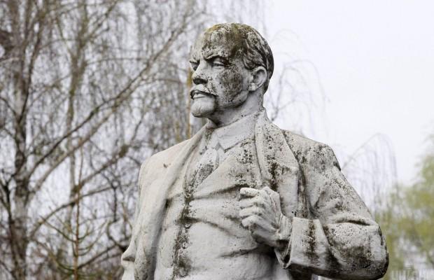 В Україні знесли останній пам'ятник Леніну – де він знаходився (фото)