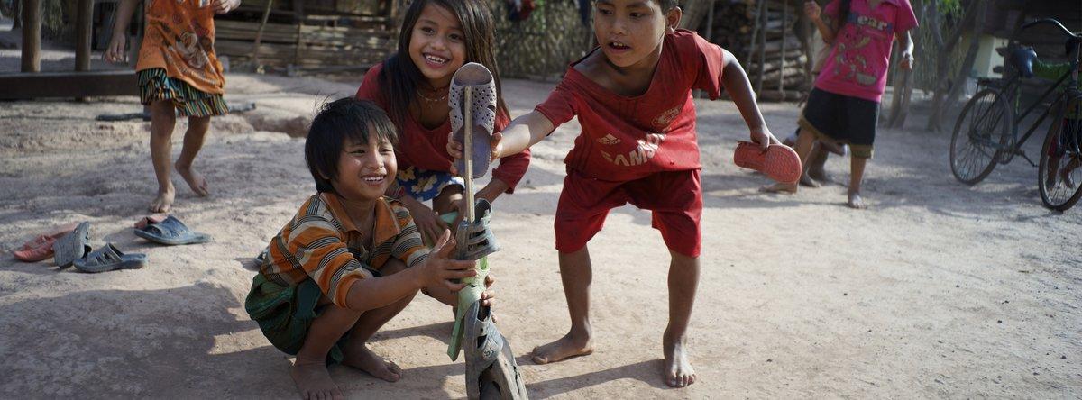 Buscamos especialista en alianzas corporativas para @UNICEF_Madrid. Si tienes experiencia y quieres trabajar por los derechos de la infancia a nuestro lado, infórmate:   #Empleo