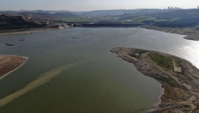 🔥 İstanbul'da baraj doluluk oranları yüzde 34'ü geçti İstanbul'da baraj doluluk oranı yüzde 34,22'ye yükseldi. Bu ay barajlardaki artış 15 puanı buldu. İstanbul'da iki gün yağmur ve karla karışık yağmur bekleniyor. https://t.co/simBfKH4O7 https://t.co/gJJqrJUqCT