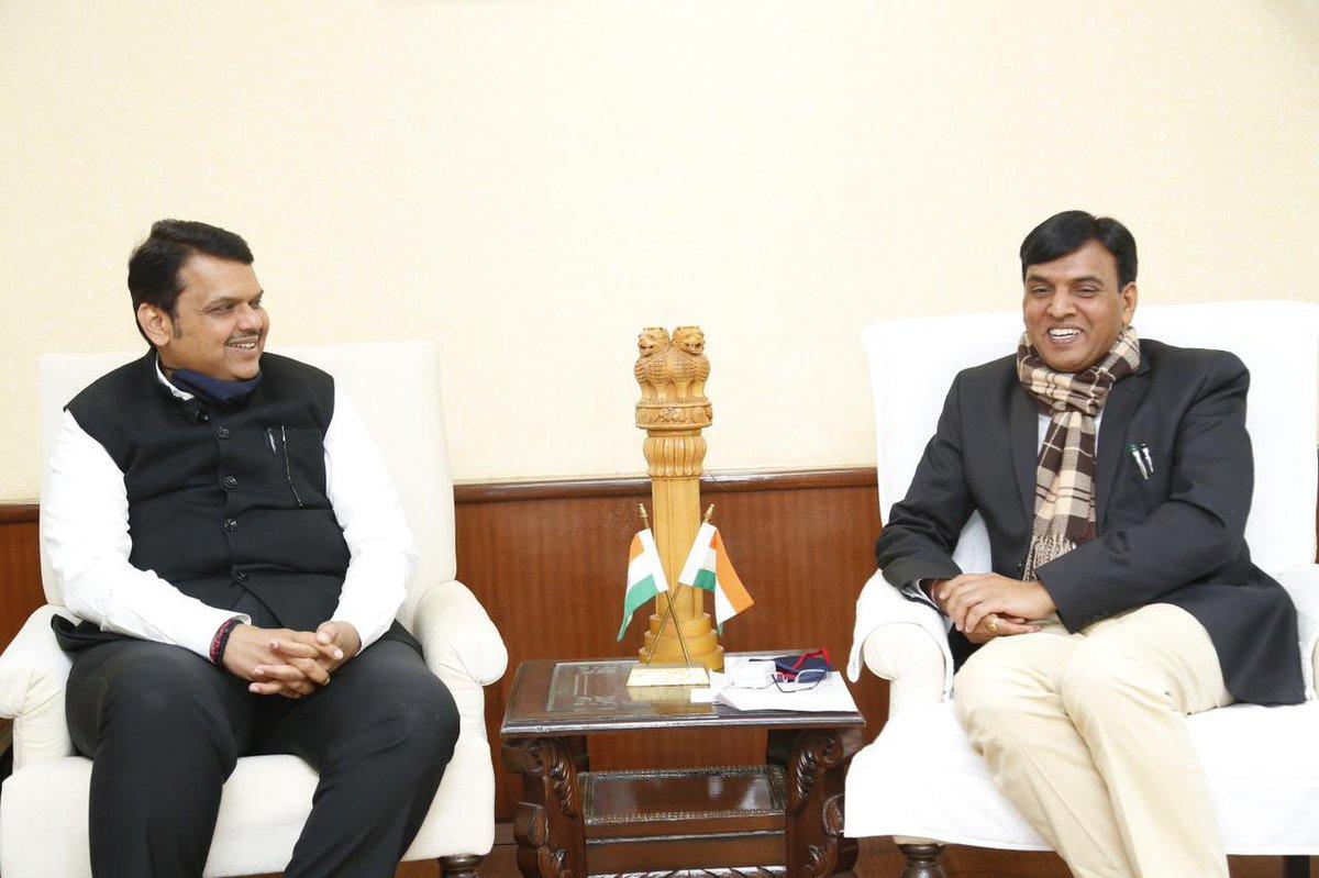 Had a good meeting with Union Minister Hon @mansukhmandviya ji in New Delhi.  केंद्रीय मंत्री श्री मनसुख मांडविया जी यांची नवी दिल्ली येथे आज सदिच्छा भेट घेतली.