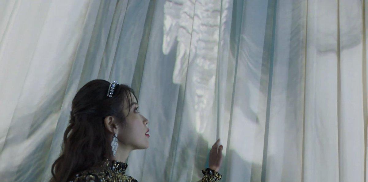 Shining star IU 🌟   #아이유_Celebrity_6시발매