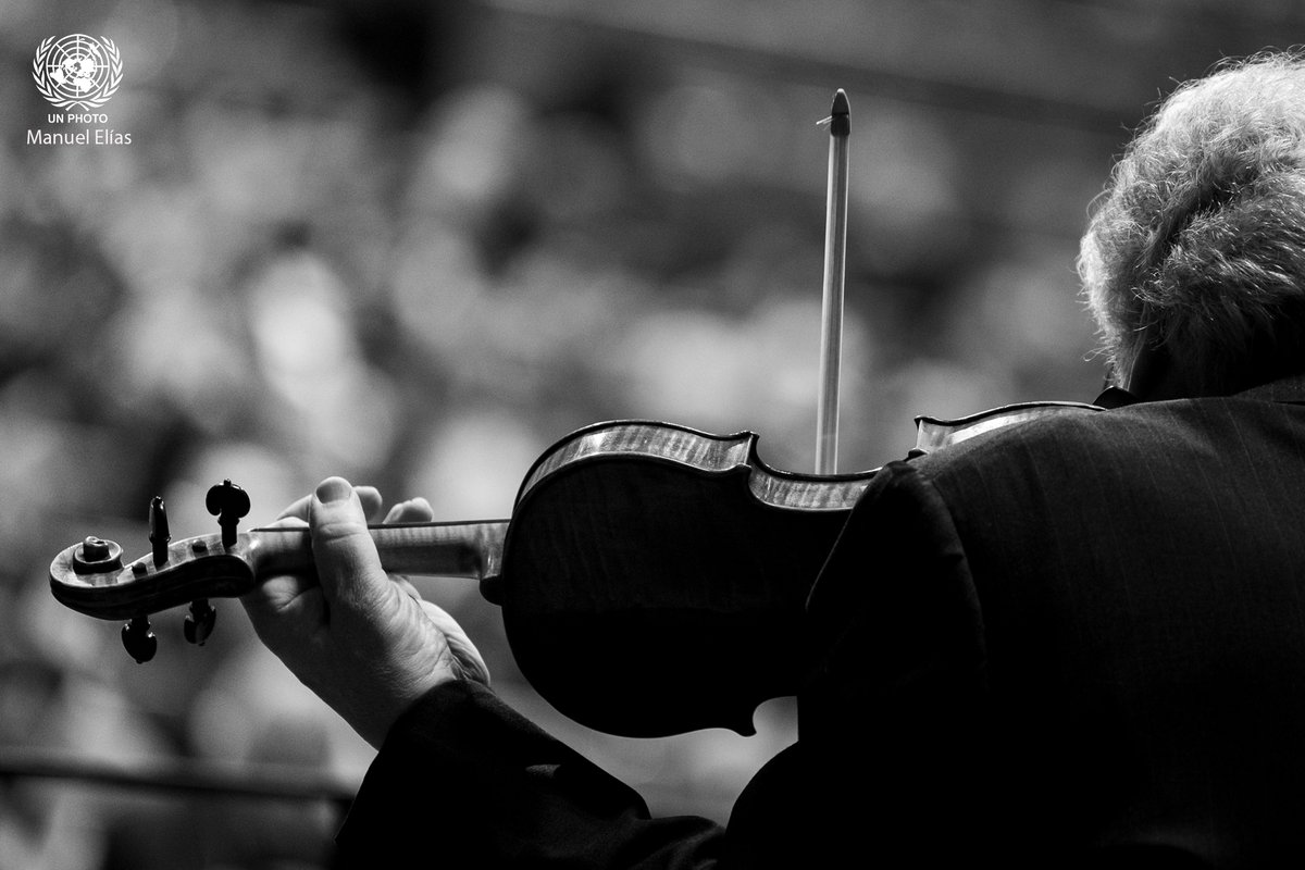 """Today is #HolocaustRemembranceDay   """"As we remember those who died in the Holocaust and honour the survivors, our best tribute is the creation of a world of equality, justice and dignity for all.""""  - @antonioguterres  Pictured is Itzhak Perlman performing at UN this day last year"""