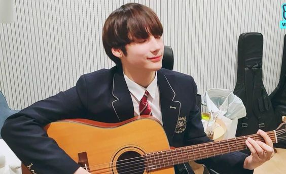 is there anything he cant do 😭   @TXT_members @TXT_bighit #TXT_HUENINGKAI
