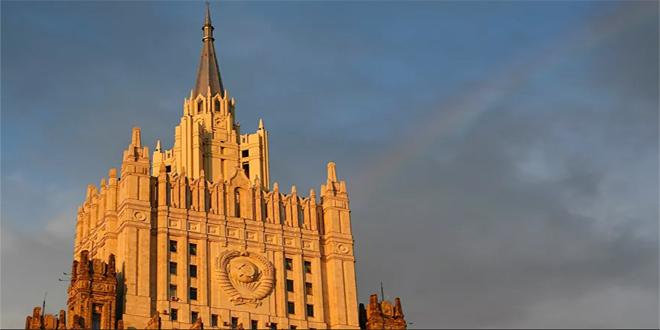 #موسكو  ||  #سانا اعتبرت وزارة الخارجية الروسية أن تصرفات الاتحاد الأوروبي فيما يتعلق بالوضع حول السياسي #أليكسي_نافالني ذروة الخطوات غير الودية ما يلقي بظلال من الشك على إمكانية إقامة مزيد من التعاون بين موسكو و #بروكسل.. #رابط_الخبر: