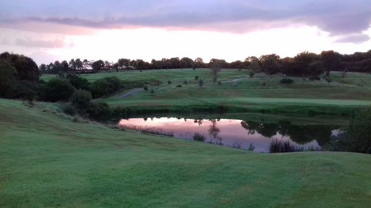 Same picture as the last one, but at the end of a busy day!   #golfers #trethorne #pga #launceston #cornish #cornwallgolf #pgatour