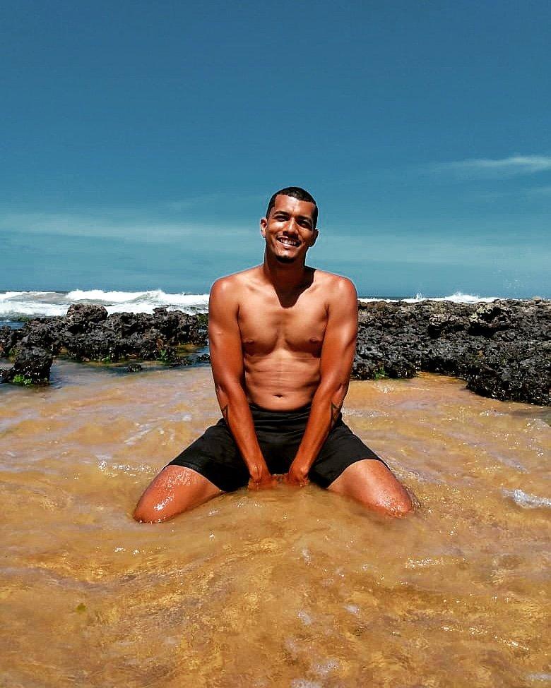 Seja feliz do seu jeito  #Feliz2021 #praia