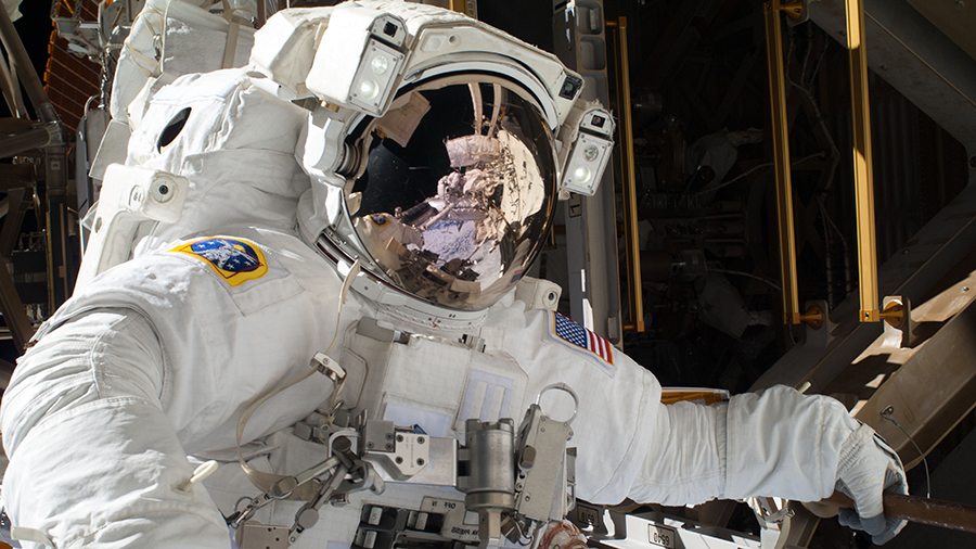 .@Astro_Illini and @AstroVicGlover set their spacesuits to battery power at 6:28am ET signifying the beginning of today's spacewalk to outfit @ESA's Columbus lab module. More...