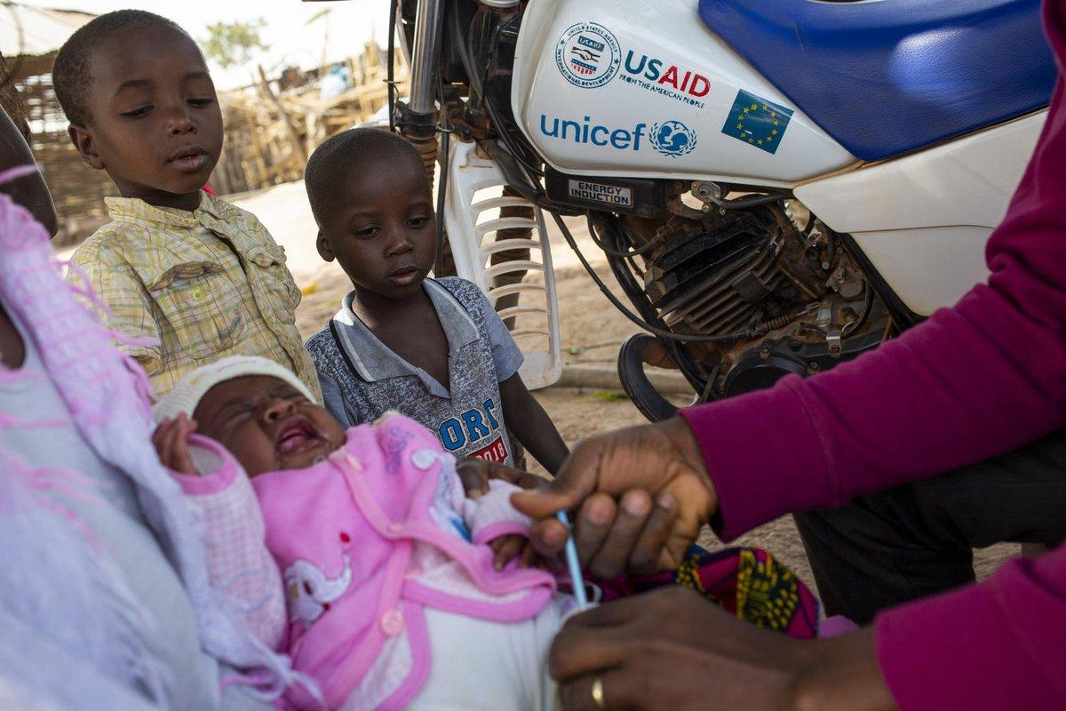 En Guinea-Bissau @unicef_es ha apoyado una campaña de vacunación masiva contra el sarampión para los menores de 5 años ¡Seguimos salvando vidas!  #PequeñasSoluciones