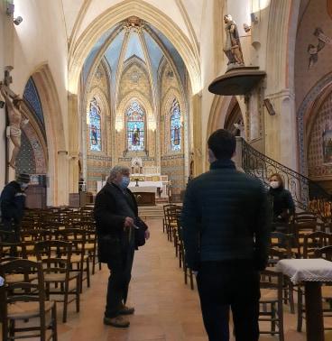 Visite de l'Eglise Saint-Martin par le président des Amis du Vieux-Lormont ! Un lieu chargé d'histoires et d'anecdotes... #visite #patrimoine #histoire #église #Lormont #gironde #BordeauxMétropole @VisitBordeaux https://t.co/J2ZK9TtpnF