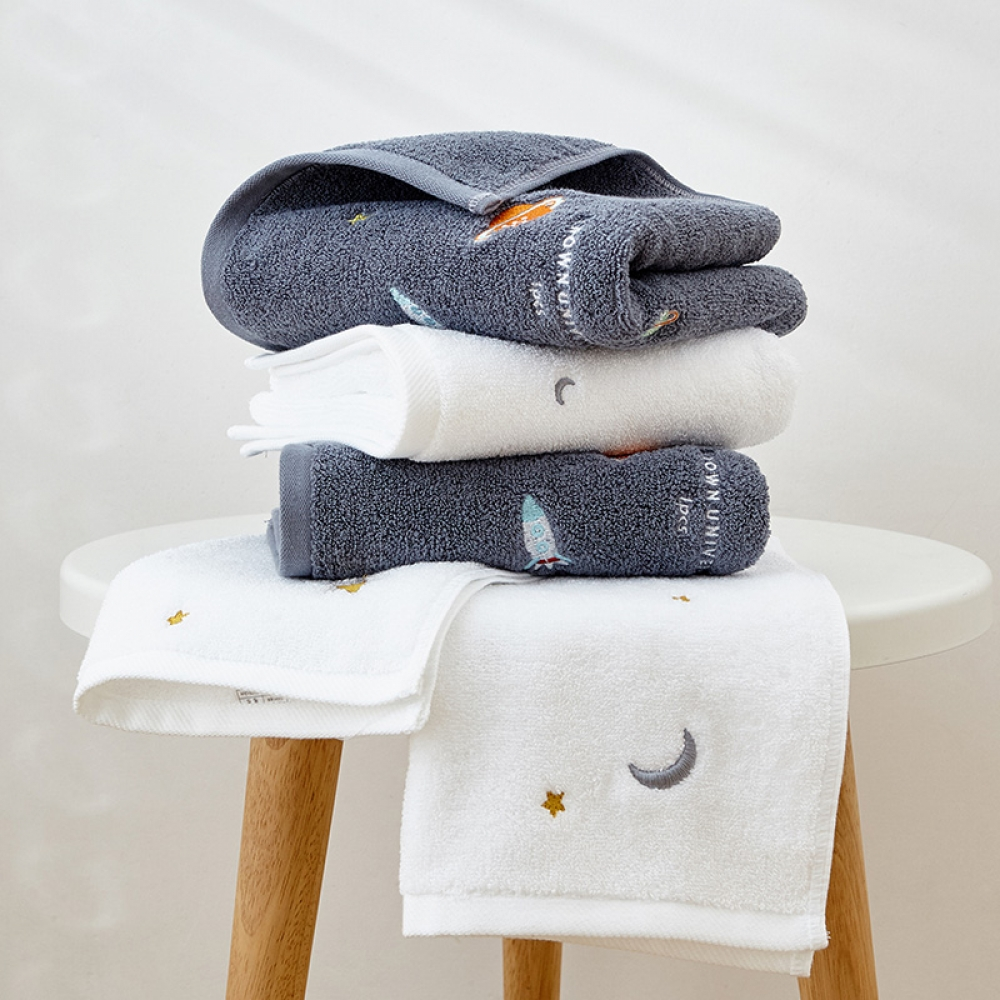 Space Themed Cotton Towels #bathsheets #bathtowels #kids #moon #planets #space #stars #themedtowels #Towel #White #homeinterior #homecoming