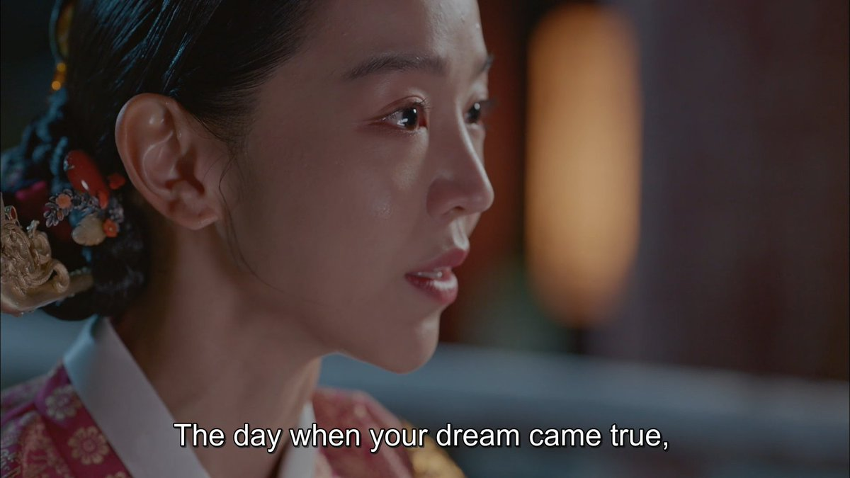 Ive been thinking about it. If you shared the same memories with someone & went through the same emotions. Doesnt that mean you are THAT person? Its just she kept denying it. Im actually waiting for Sobong to accept herself with all those memories and feelings. #MrQueen